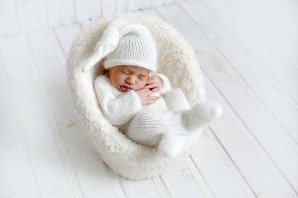 Уход за новорожденным в первый месяц